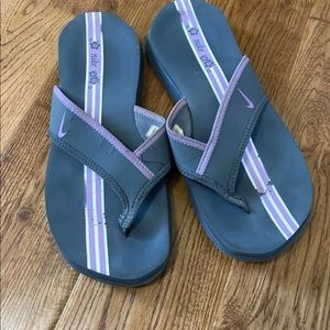 Nike celso plus women's sandals size 10 grey